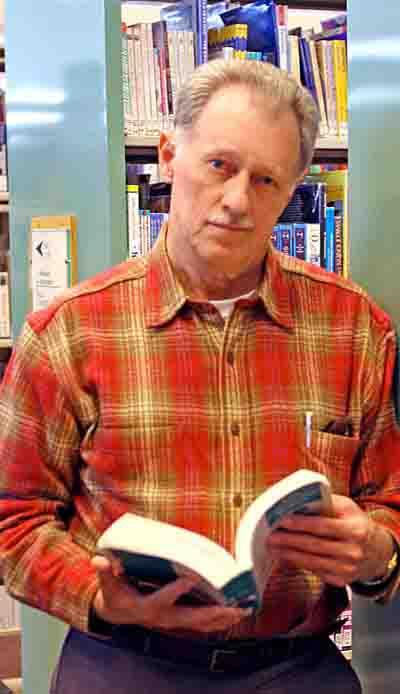 Author Mark Scheel